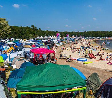 Gegarandeerde camping tickets zijn uitverkocht! Speciale wachtlijst nu geopend.